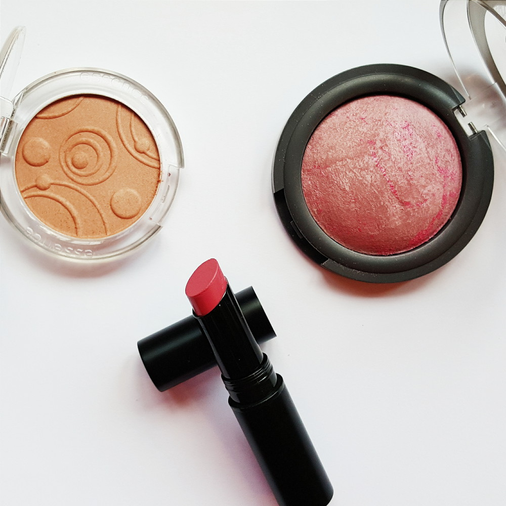 Essence Natural Beauty Blush Review