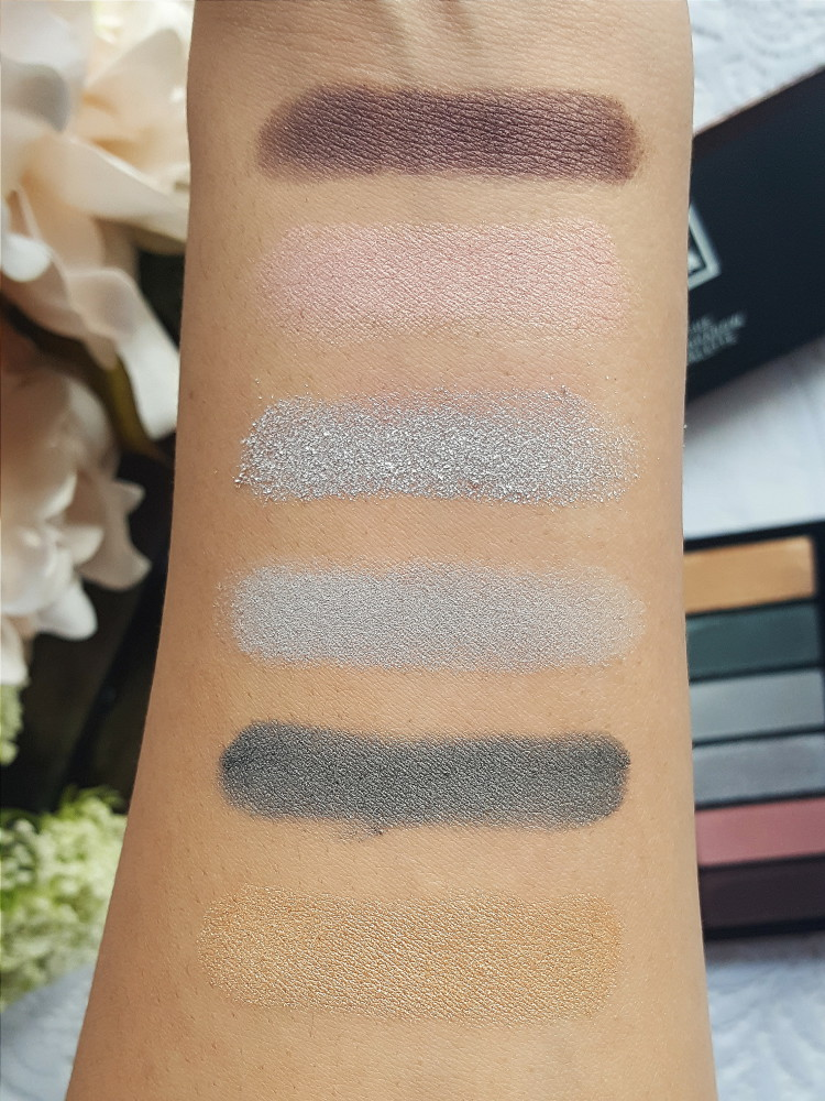 3INA Dark Holiday Palette Swatches