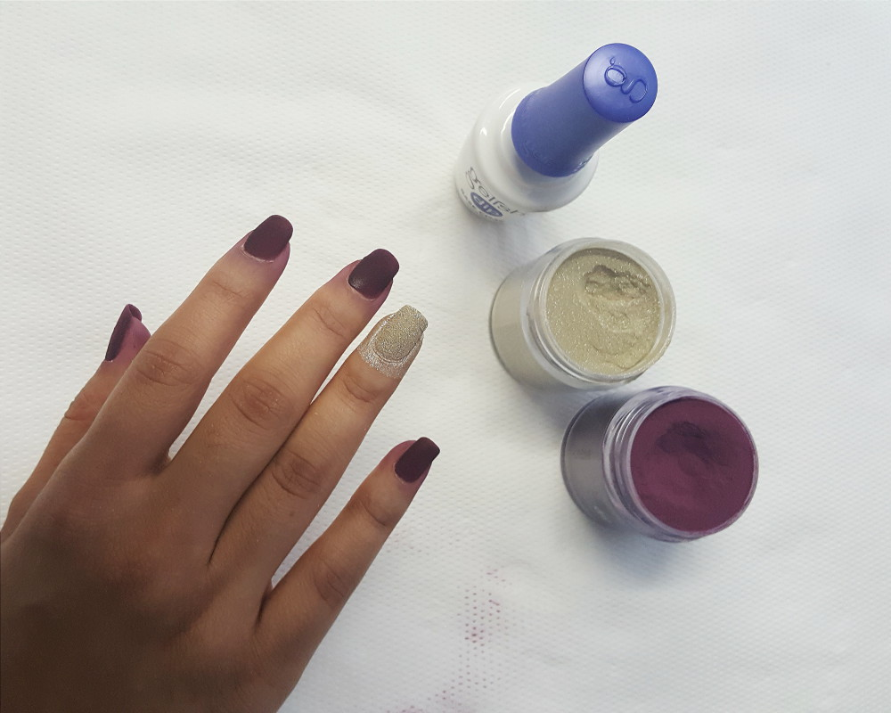 How does gelish dip work
