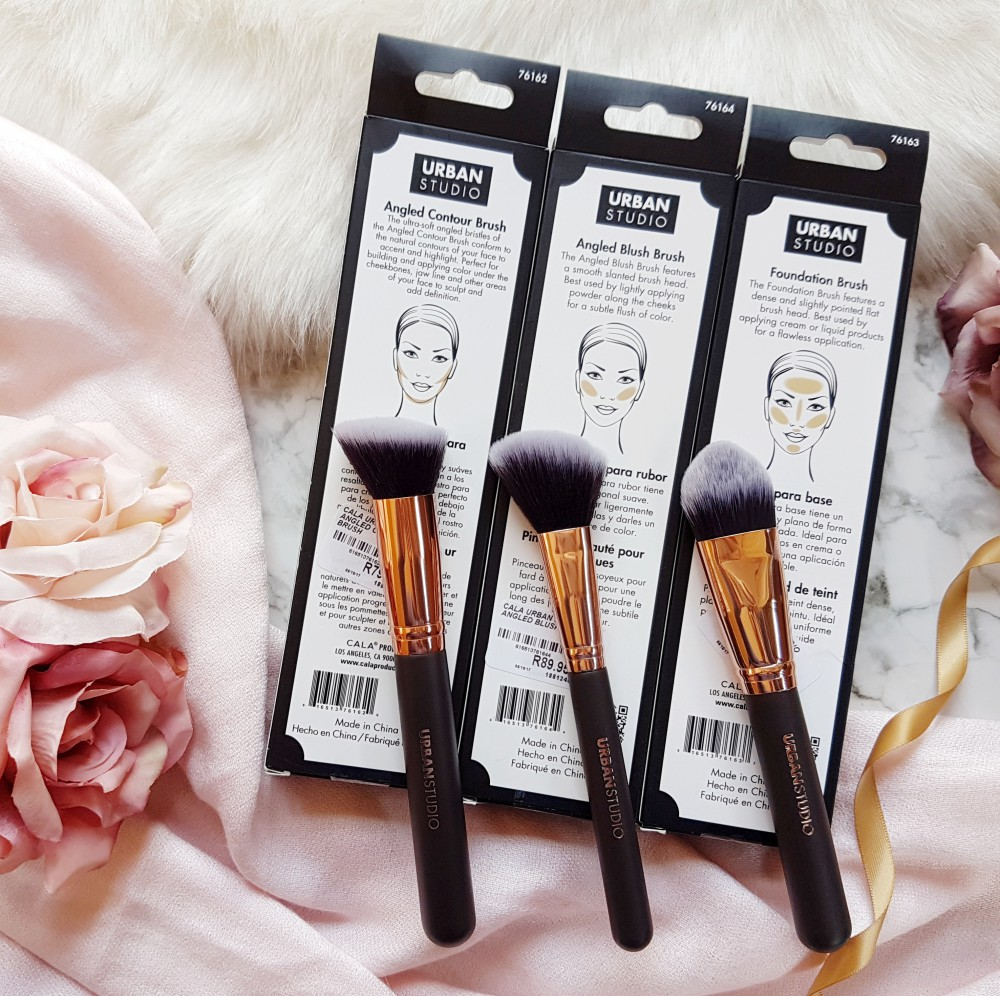 Black and Rose Gold Urban Studio Brush
