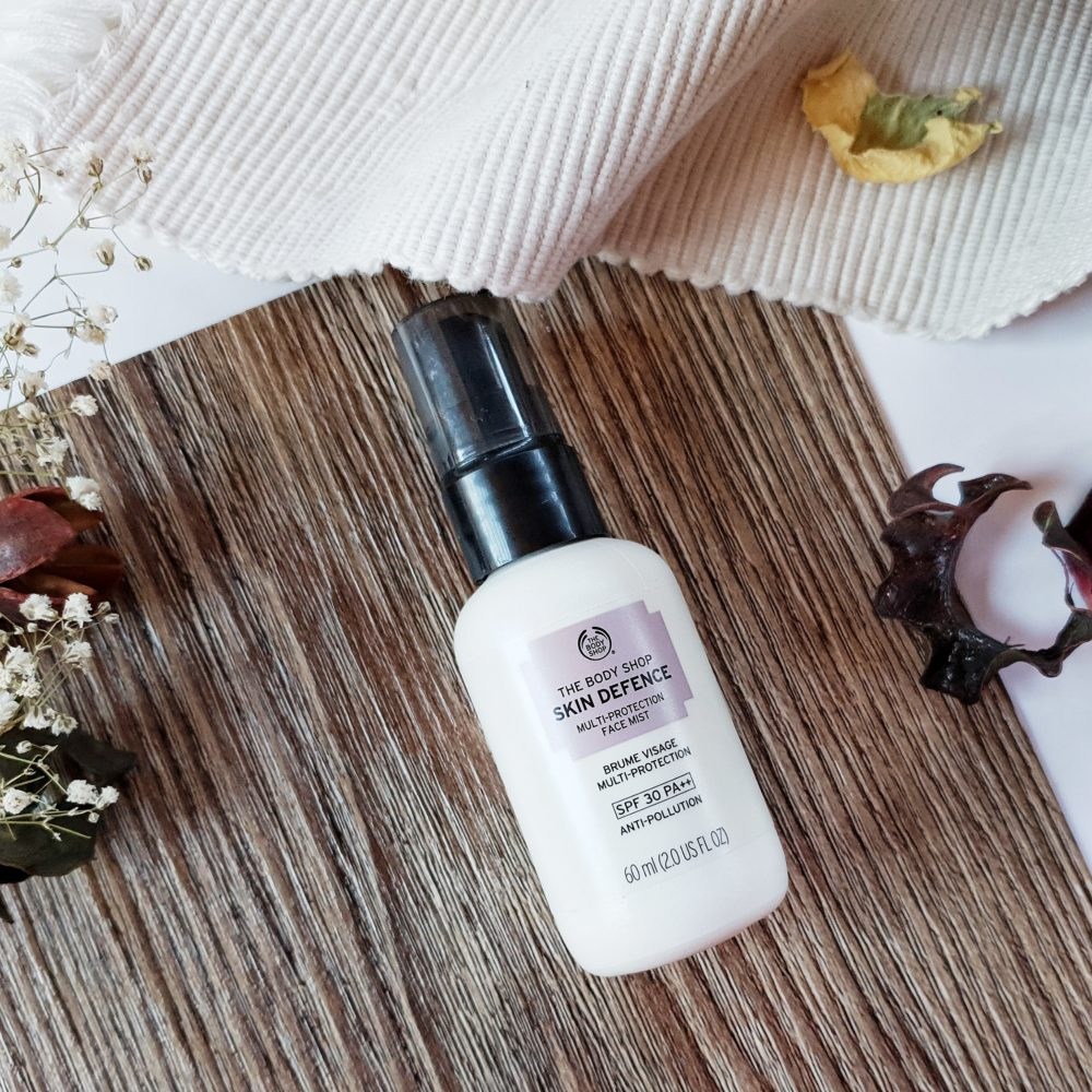The Body Shop Skin Defense Multi-Protection Face Mist SPF30